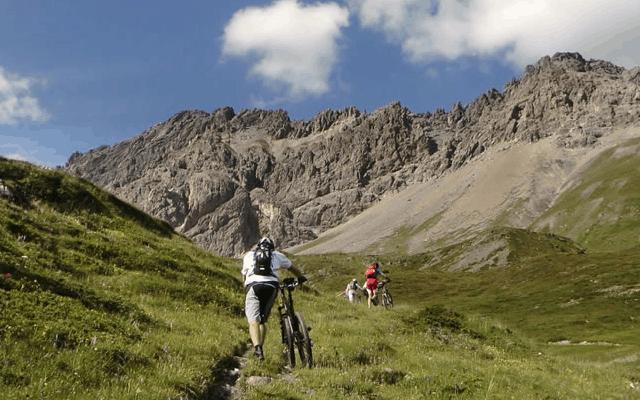 Active breaks in Switzerland