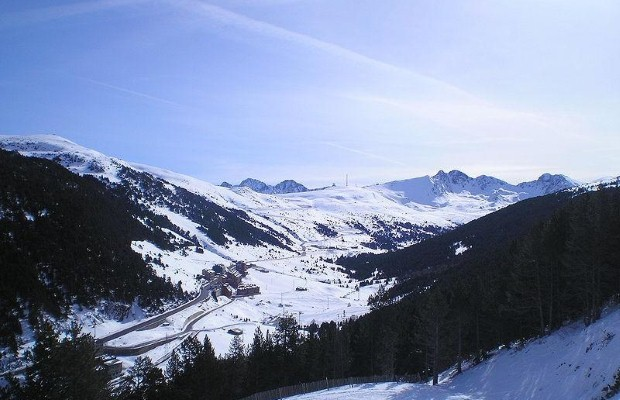 Andorra: Last minute ski holiday idea
