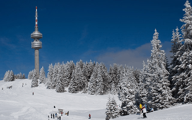 TripAdvisor Reveals Europe's Best-Value Ski Resorts