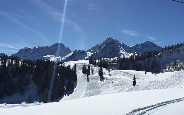 Ski Holiday Prices Down Despite Good Snow