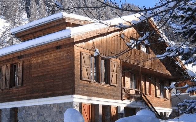 Where to Look for a Ski Chalet in France