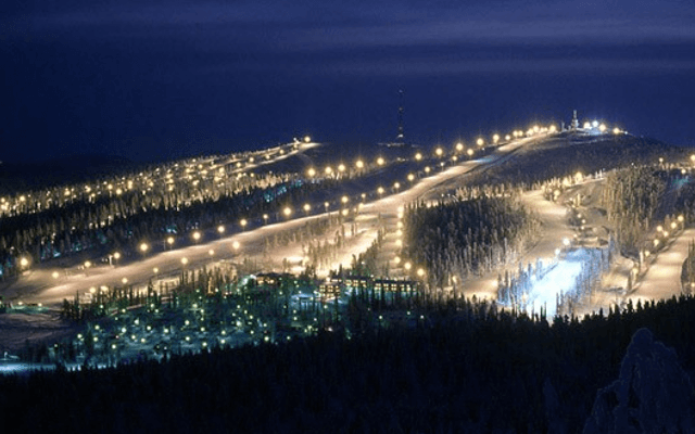 Nights moving in on Ruka ski resort