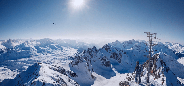 When Is the Best Time to Book Your Ski Holiday?